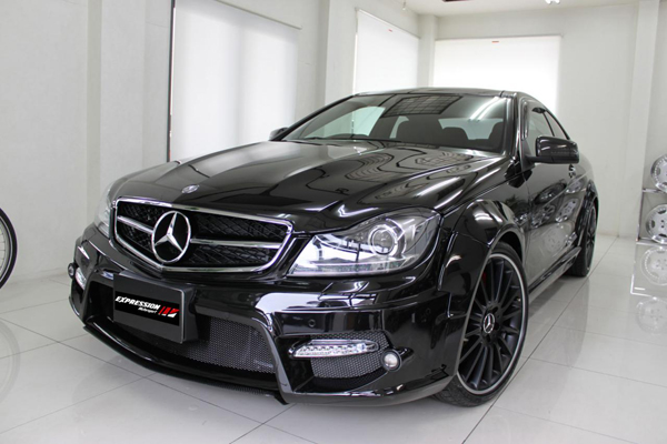 Mercedes C-Class Coupe от Expression Motorsport